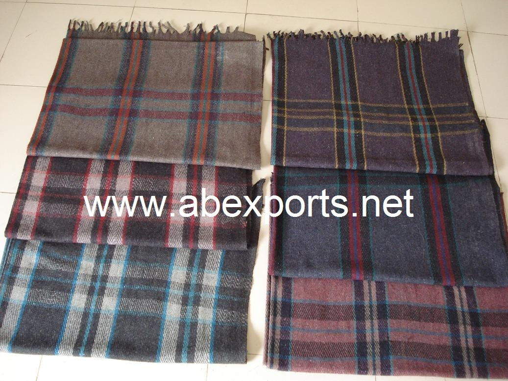 refugee blankets india woollen refugee blankets supplier of refugee blankets woolen refugee. Black Bedroom Furniture Sets. Home Design Ideas